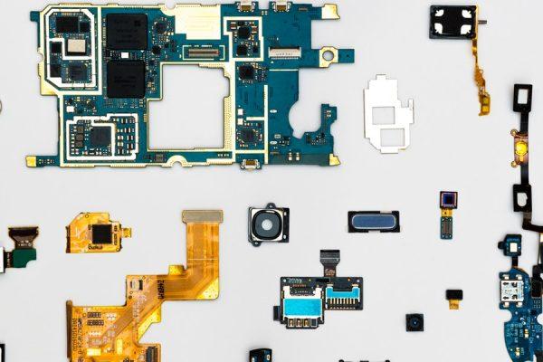 "Intel Introducing ""Horse Ridge"" Quantum Computers Chips"