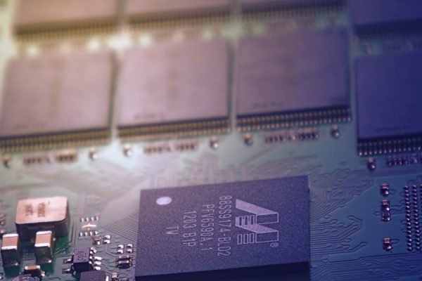 IBM Introduces World's First 2-Nanometer Chip Technology