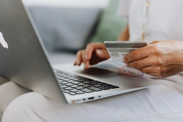 American Express Gains Record Number Of New Customers To Its...